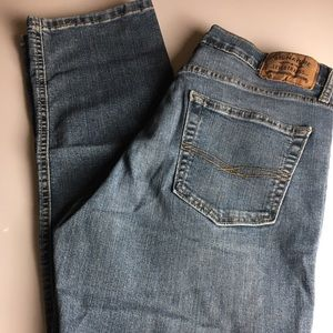 Signature Levi Strauss Athletic Jeans